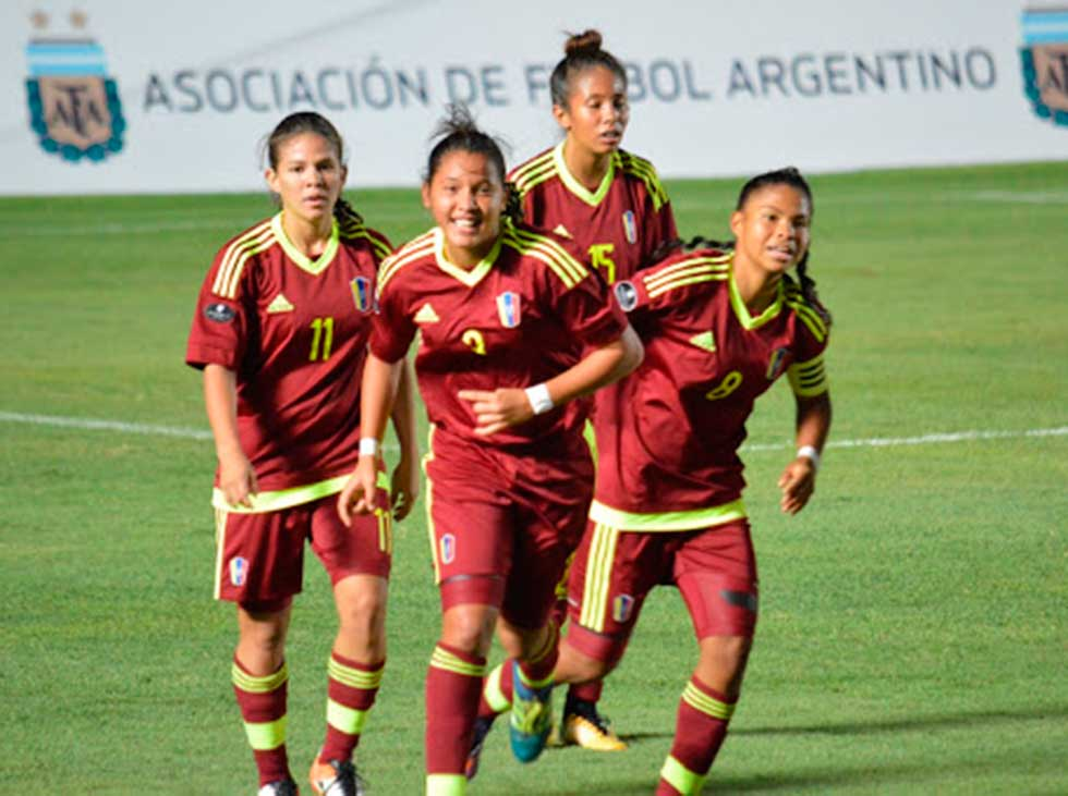 Photo of Sub-20 Femenina goleó a Bolivia en su debut en el Sudamericano
