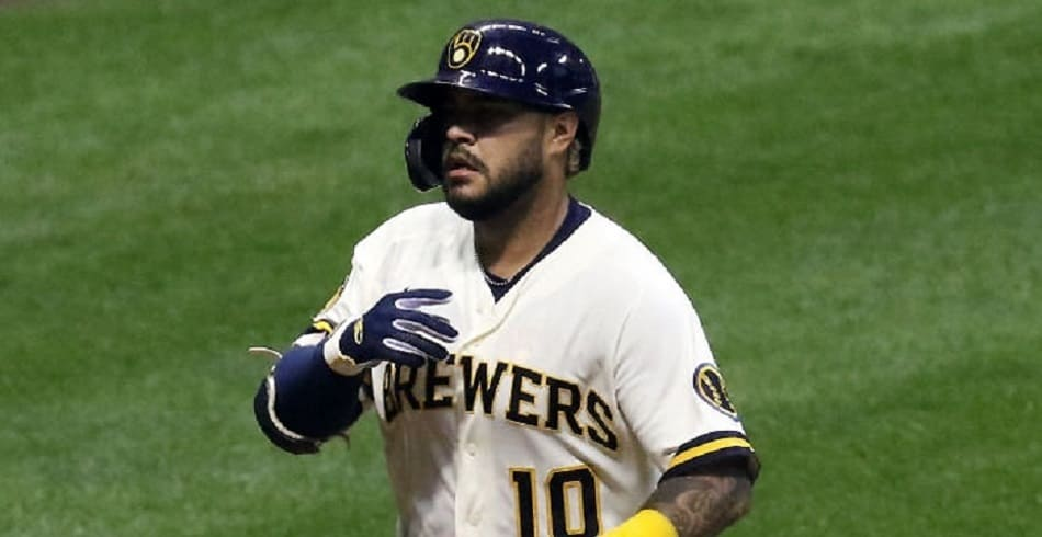Photo of Omar Narváez fue la única buena noticia en Milwaukee  (+Videos)